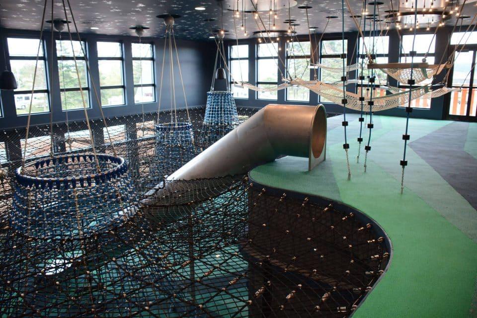 Geoparc de Percé, Berliner Indoor-Spielplatz