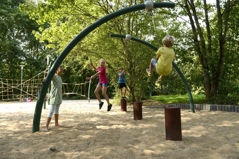 Dschungelspielplatz – Berliner Seilfabrik – Spielgeräte fürs Leben