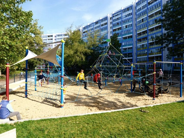 Large playground - Berliner Seilfabrik - Play equipment for life